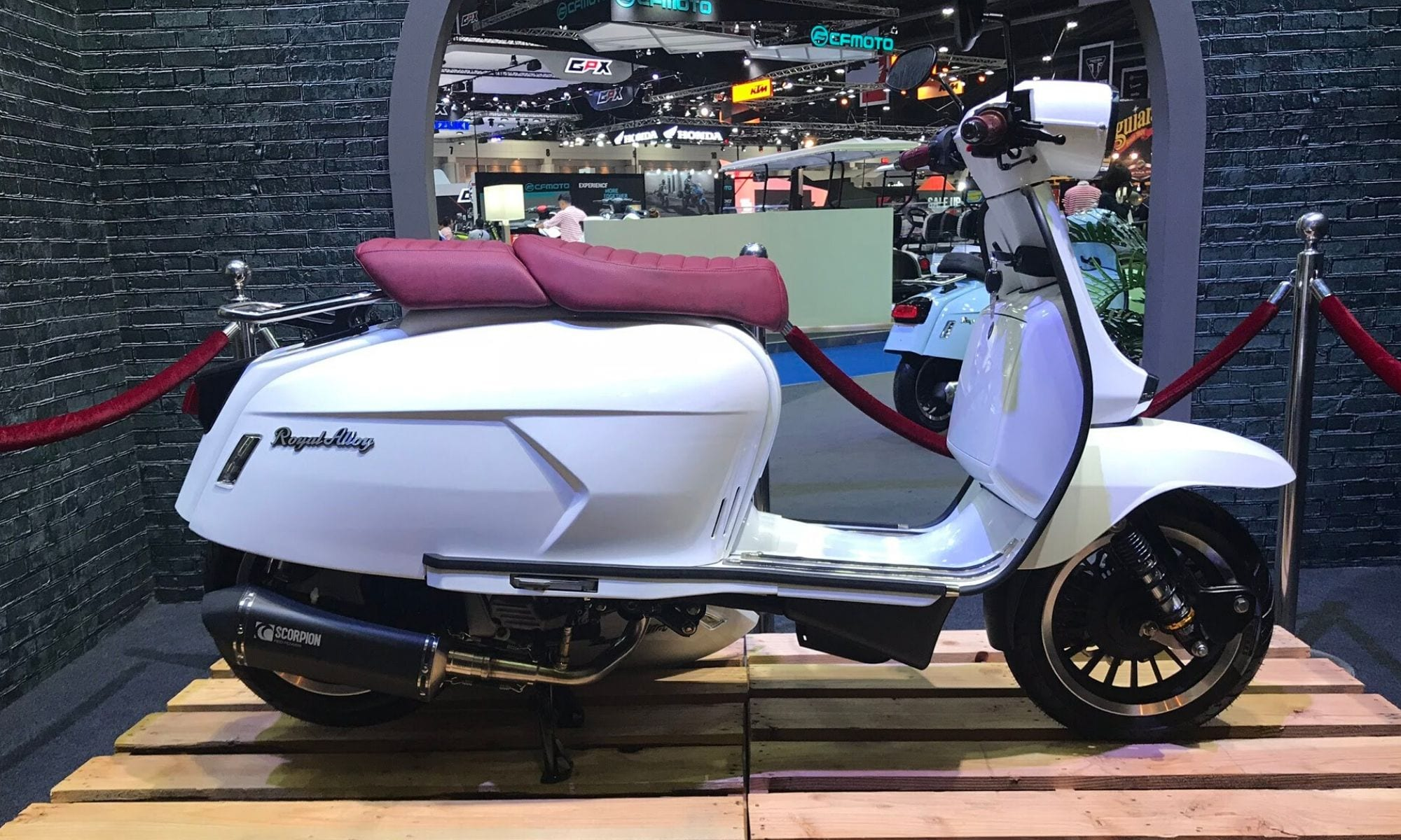 Royal Alloy Gp200 Ace Scooters Motorcycles